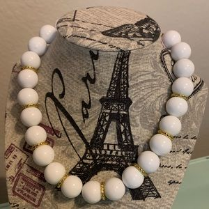 Jewelry - Boutique necklace